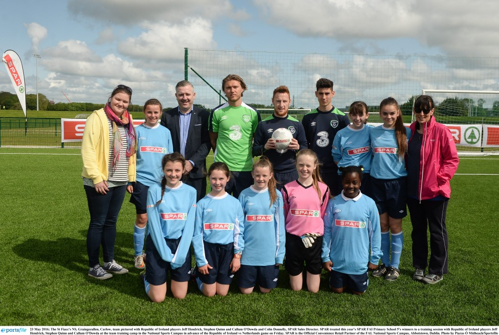 23 May 2016; The St Fiacc's NS, Graingecullen, Carlow, team pictured with Republic of Ireland players Jeff Hendrick, Stephen Quinn and Callum O'Dowda and Colin Donnelly, SPAR Sales Director. SPAR treated this year's SPAR FAI Primary School 5's winners to a training session with Republic of Ireland players Jeff Hendrick, Stephen Quinn and Callum O'Dowda at the team training camp in the National Sports Campus in advance of the Republic of Ireland vs Netherlands game on Friday. SPAR is the Official Convenience Retail Partner of the FAI. National Sports Campus, Abbotstown, Dublin. Photo by Piaras Ó Mídheach/Sportsfile